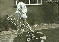 【画像大量】このgif見て笑ったら寝ろwwwwwwwwwww : 暇人\(^o^)/速報 - ライブドアブログ /【ひとつ間違えたら…】でもこれ危ないよ…道路車来てるし…