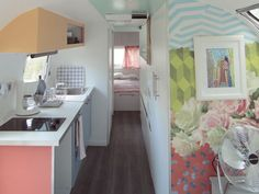 Come and enjoy a holiday with a difference staying in the American-style caravan at the Yelloh! Village Aloha!