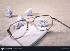The Scientifically Proven Cure For Writer's Block. Never get stuck for story ideas again with this scientifically method to cure writer's block. Ken Robinson, Resume Advice, Resume Help, Online Job Applications, Einstein, First Resume, Why Questions, What To Write About, Create A Resume