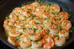 Easy Shrimp Scampi (with butter) Most of the shrimp scampi recipes demand use of white wine. However, you can make this comfort dish without adding wine. Here are some easy shrimp scampi recipes with no wine. Fish Recipes, Seafood Recipes, Italian Shrimp Recipes, Lobster Recipes, Italian Foods, Cabbage Recipes, Clean Eating Recipes, Cooking Recipes, Clean Foods