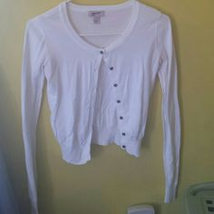 White Cardigan Whtie cardigan with buttons down the front. Perfect for dresses or skirts or even to just throw over any outfit when its a tad chilly out. Worn but in great condition!!  No trades but willing to negotiate!! Arizona Jean Company Sweaters Cardigans