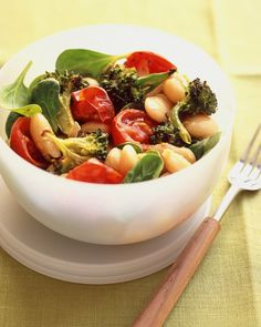 White Bean Salad With Spicy Roasted Tomatoes and Broccoli