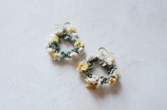crochet earrings by cotoyo matsue