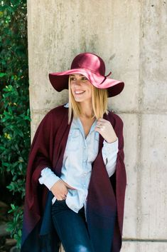 Summer Hairstyles : Ombre Poncho Outfit look Casual Outfits For Moms, Casual Winter Outfits, Mom Outfits, Fall Outfits, Fashion Outfits, Poncho Outfit, Poncho Sweater, Denim On Denim Looks, Only Fashion