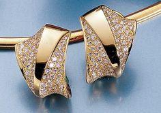 Dreambase Damen-Ohrschmuck Halbcreole 124 Diamant-Brillan... https://www.amazon.de/dp/B00AWAC1TQ/?m=A37R2BYHN7XPNV