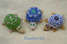 Natalie S Perlen: beaded turtles