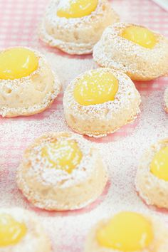 #Epicure Luscious Lemon Curd Doughnuts #portioncontrol Fast Healthy Meals, Nutritious Snacks, Healthy Eating, Real Food Recipes, Cake Recipes, Dessert Recipes, Yummy Food, Epicure Recipes, Coffee Dessert