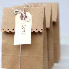 Cute and easy bag wrapping