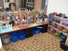 Our mud kitchen made by Michelle. Just need to add the mud! Outdoor Activities For Kids, Outdoor Learning, Outdoor Play, Fun Activities, Mud Pie Kitchen, Corner House, Forest School, Garden Toys, Toy Craft