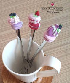 «Эти новенькие чайные вилочки с пылу с жару, свободные. Могу дополнить наборы цветочными ложечками #цветочнаяложечка  или сладкими ложечками Чтобы узнать,…»