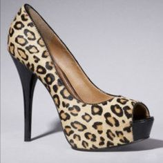Faux suede leopard print classic pump Never worn Express Shoes Heels