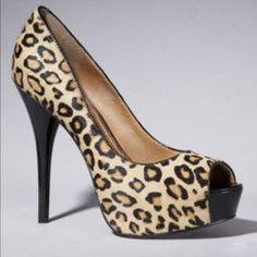 Faux suede leopard print classic pump Never worn Express Shoes Heels