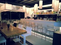 Now that we have saluted the summer of 2012, Oniro Bar in Mykonos Town, welcomes you to celebrate the winter season until the advent of summer 2013. http://www.mykonosview.gr/mykonos-bar.php