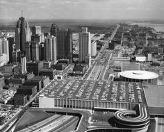Old Detroit - Vintage Photos of The Motor City Detroit History, Detroit News, Metro Detroit, Detroit Skyline, Detroit Rock City, State Of Michigan, Detroit Michigan, Detroit Motors, Exhibition