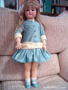 Muñecas Porcelana: Antigua muñeca de porcelana Alemana Karl Hartmann ANDADORA,modelo muy raro,60 cm y con ropa original - Foto 3 - 71728079