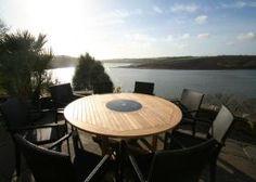 8 Seater Teak/Granite Round Set - The Bermuda + Mauritian Chairs