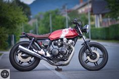 Red Sun CB750 by 7seven Custom ~ Return of the Cafe Racers