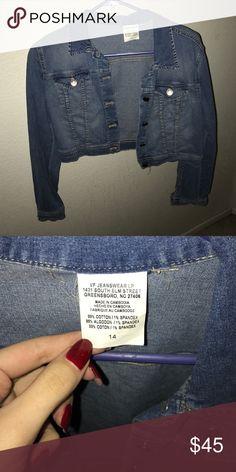 🎉HOST PICK🎉 Cropped Denim Jacket worn twice, EC Jackets & Coats Jean Jackets