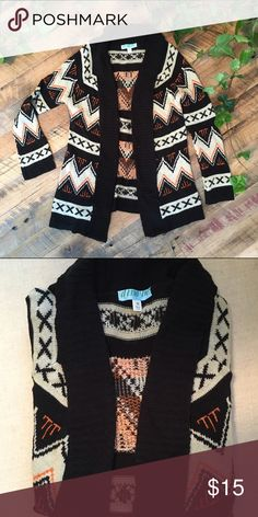 Aztec print cardigan Knit cardigan with Aztec print Francesca's Collections Sweaters Cardigans