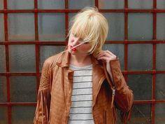 Fransen vs. Stripes!! We <3 die Kombi aus beidem!!! Die Jacke von MAZE Fashion  super schön präsentiert von dem Blog Kathrynsky .-) Sieht super aus!!!  #perlepr #modström #kathrynsky #leather #fransen #fringes #jacket  #fashionblogger #fashionblogger_de #bloggerfashion #ss2015 #spring #summer #fashion #fashionbloggermany