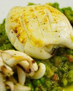 Ingredienti per 2 persone Tempo di preparazione: 25 minuti Difficoltà: Facile Calamari Recipes, Mackerel Recipes, Salmon Recipes, Fish Recipes, Seafood Recipes, Easy Healthy Recipes, Vegetarian Recipes, Cooking Recipes, Tasty Videos