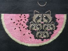 Raccoons will eat just about anything you put out for them, and a lot of things you don't. Embroidery Applique, Cross Stitch Embroidery, Embroidery Patterns, Geek Cross Stitch, Cross Stitch Patterns, Raccoons, Cross Stitch Animals, Stitch 2, Learn To Sew