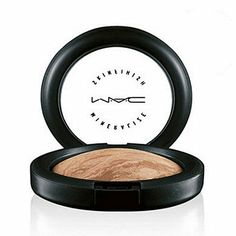 MAC Cosmetics Mineralize Skinfinish Soft and Gentle. My favourite highlighter ever!