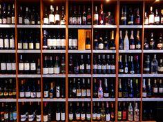Krásny večer všetkým ...  #krasnyvecer #dobryvecer #instavecer #inmedio #in_medio #niceevening #vecer #krasnyzivot #milujemevino #welovewine #happylife #milujemsvojzivot #dnes #wineshop #vinoteka #obchod #predajna #bratislava #vino #wine #wein