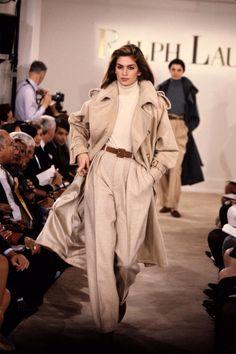 Cindy Crawford Ralph Lauren runway 1991