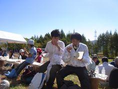 ≪Present Tree in 宮古≫第1回植樹イベント_20121008 おにぎりをお箸でいきますか。