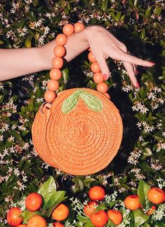 """A purse shaped like an orange for anyone who lives to say """"orange you glad I am a style icon"""" on a daily basis. 29 Cute Food-Themed Things That'll Feed Your Soul Cheap Purses, Unique Purses, Cheap Handbags, Cute Purses, Cheap Bags, Handbags On Sale, Luxury Handbags, Purses And Handbags, Spring Handbags"""