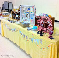 Craft booth set up ideas - lots of good ideas here.