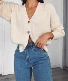 Uploaded by Yeahme //ADHARA//. Find images and videos about girl fashion and st Trendy Outfits Winter Fashion Outfits, Fall Winter Outfits, Autumn Winter Fashion, Summer Outfits, Fashion Clothes, Mode Outfits, Mode Inspiration, Cute Casual Outfits, Mode Style