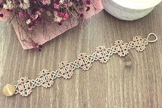 Tatting lace bracelet pdf pattern Meridian di TheKimAndI su Etsy
