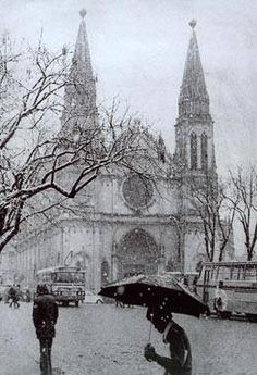 Nevando na Praça Tiradentes, 1975. Curitiba- Parana- Brasil