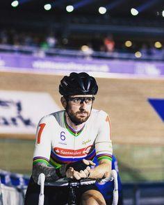 Bradley Wiggins Bradley Wiggins, Cycling, Bike, Baseball Cards, Biking, Bicycle, Bicycling, Bicycles, Ride A Bike