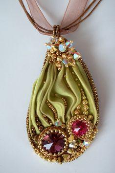 Shibori Beaded Necklace Colors of India por ZuziHake