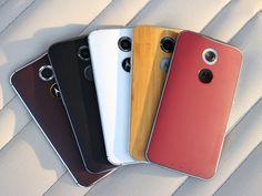 Motorola Moto X, de 2ª geração. Destaque para as traseiras personalizáveis através do Moto Maker.