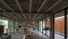 Espaços comerciais em Ordaz / T3arc © Luis Gordoa Veja aqui: http://archdai.ly/1Jf9I8d