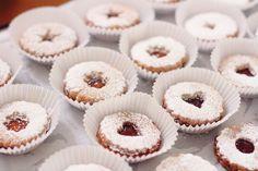 Linzer Cookies // District of Chic