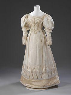 Wedding Dress 1828 The Victoria & Albert Museum