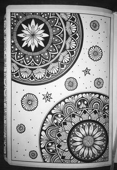 Mandala Art Lesson, Mandala Doodle, Mandala Artwork, Mandala Canvas, Mandalas Painting, Mandalas Drawing, Doodle Doodle, Zentangles, Doodle Art Designs