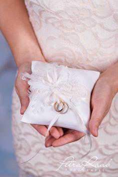 Ringkissen - Ringkissen Schleife Spitze Hochzeit PRE 14 - ein Designerstück von Perle-Wismer bei DaWanda