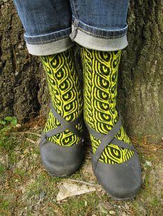 enfiber: A round of up sexy sock patterns. Blackrose Socks Nine-to-Five Socks Geology Socks The Woodcutter's Daughter Fisherwoman Socks Far Into the Forest Fair Isle Knitting, Knitting Socks, Hand Knitting, Knitting Patterns, Knit Socks, Crochet Patterns, Sexy Socks, Yarn Shop, Boot Cuffs