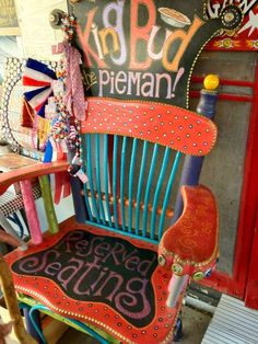 Royer's Round Top Cafe, Round Top, Texas.....momma needs a queen chair like this for the shop over the top:)