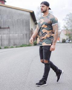 Video zu Miguels Fashion jetzt online: Link in der Bio  By @defbymp / @_miguelpablo_ / @defshop