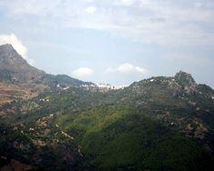 """#Málaga - #Gaucín - Serranía de Ronda / 36º 29' 22"""" -5º 17' 22""""  Gaucín es un punto privilegiado de observación desde el que pueden contemplarse amplias panorámicas, entre las que destacan las del Valle del Genal."""