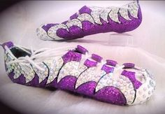 Soft shoes by Shiny Shuz! Irish Dance Shoes, Irish Step Dancing, Fab Shoes, Luck Of The Irish, Just Dance, Dance Dresses, Dance Stuff, Bling, Dance Quotes