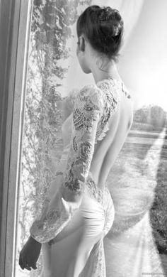 Inbal Dror BR-13-2: buy this dress for a fraction of the salon price on PreOwnedWeddingDresses.com