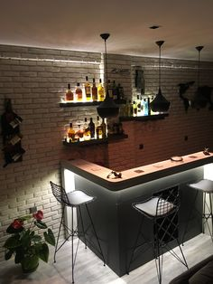 10 Home Bar Ideas To Make Your Space Awesome Home Decorating Ideas If you're looking for small bar ideas, it can be difficult to narrow it down to a few. In this article, I'll discuss some of the basic ones you may wa. Home Wet Bar, Diy Home Bar, Home Bar Decor, Home Bar Counter, Bar Counter Design, Small Bars For Home, Mini Bar At Home, Billard Bar, Modern Home Bar Designs